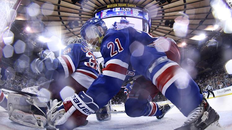 Stepan hopes his save starts Rangers' comeback