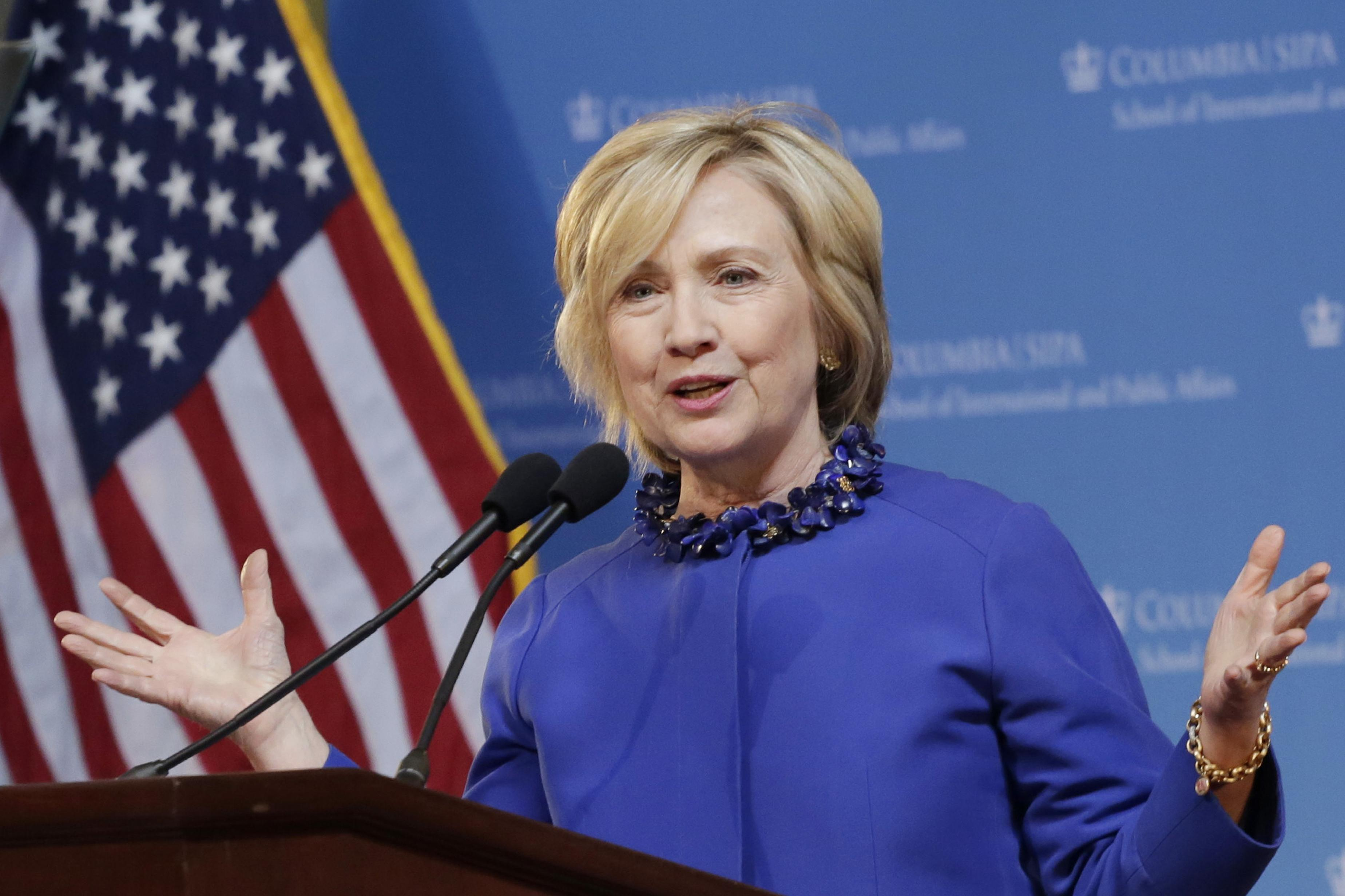 Clinton to call for 'full and equal path to citizenship'