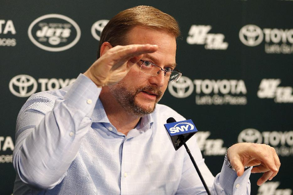 Jets look to add impact player - QB? Pass rusher? - at No. 6