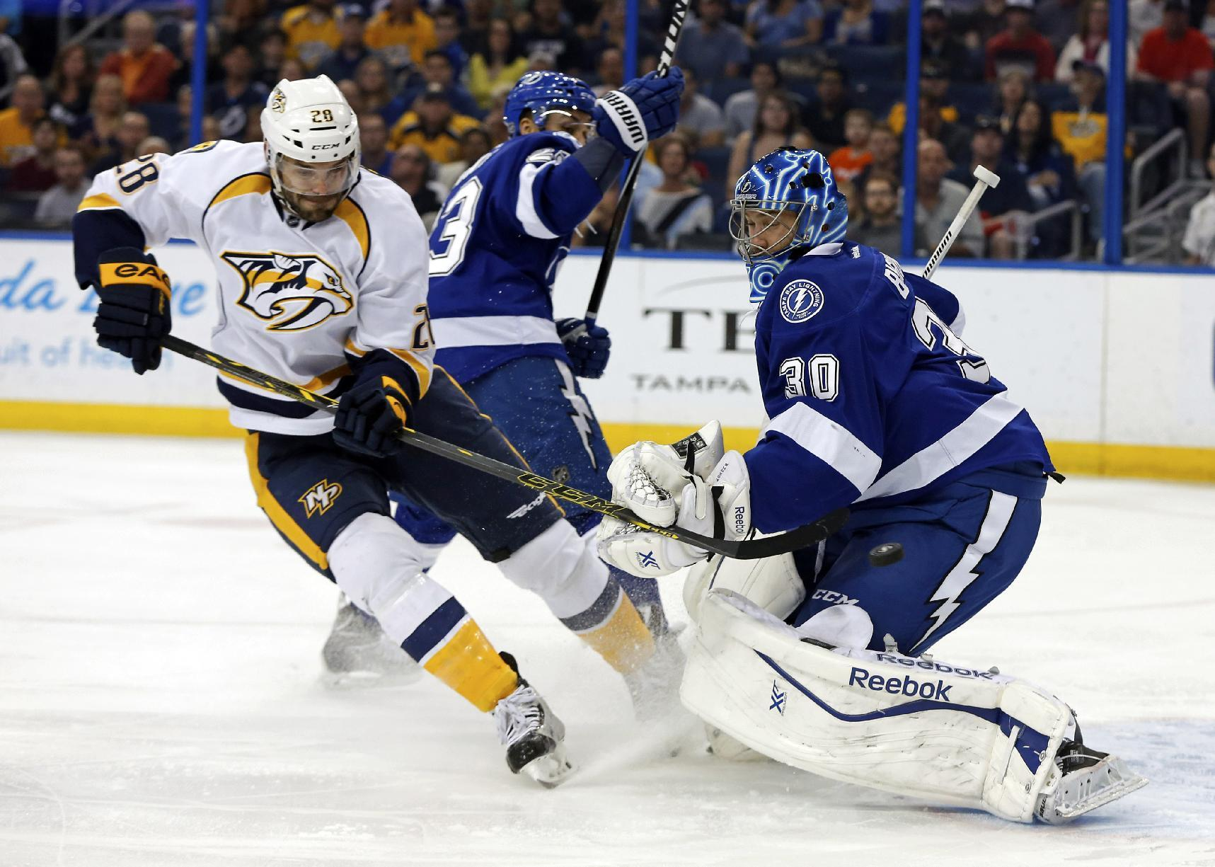 Rinne gets 40th win, Predators beat Lightning 3-2