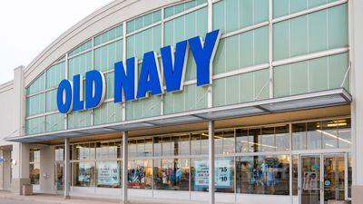 Gap Plans to Copy Old Navy's Fast Fashion Strategy