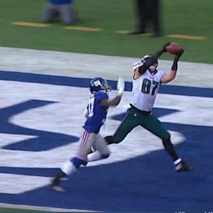 Philadelphia Eagles tight end Brent Celek 1-yard touchdown reception