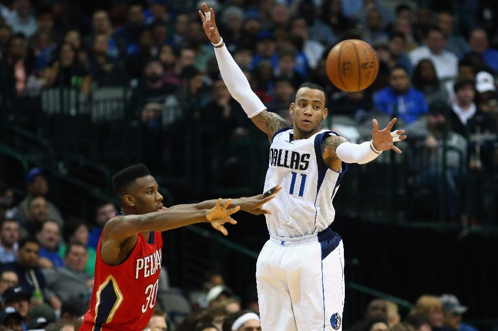 Mavericks balanced attack snaps Pelican's NBA win streak