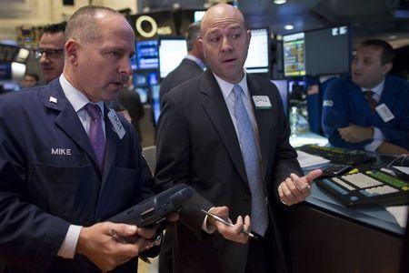 Wall St. declines on China fears, weak profit expectations