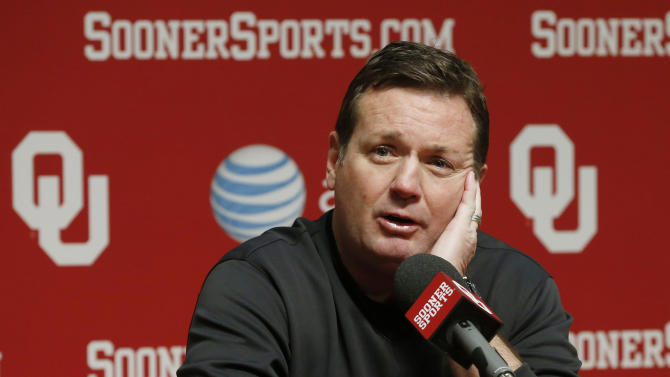 Oklahoma head coach Bob Stoops answers a question during an NCAA college football news conference in Norman, Okla., Thursday, March 7, 2013. After a rare overhaul in his coaching staff this offseason, spring football practice begins this weekend. (AP Photo/Sue Ogrocki)