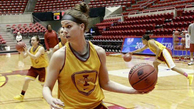 Stanford women's Iowa native glad for homecoming