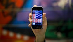 615_Apple_iPhone_Flag_Apple_Reuters.jpg