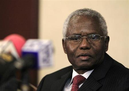 Former head of Kenya's civil service Francis Muthaura attends a news conference in capital Nairobi