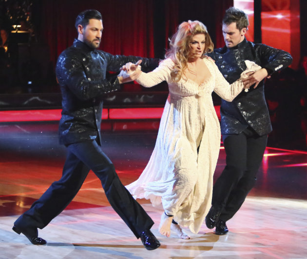 Maksim Chmerkovskiy, Kirstie Alley and Tristan MacManus (11/12/12)