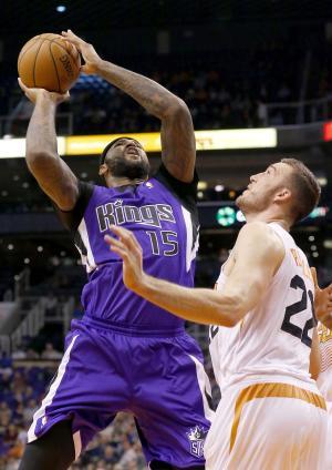 Cousins scores 19 points, Kings beat Suns 113-106