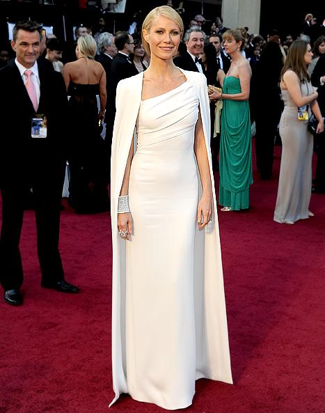 "Gwyneth Paltrow on Oscars Dress: ""This Is My Jackie O Moment!"""