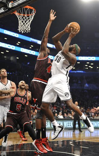 Bulls rally from 16 down to beat Nets 92-90