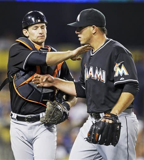 Marlins send Dodgers to 8th loss in a row, 5-4