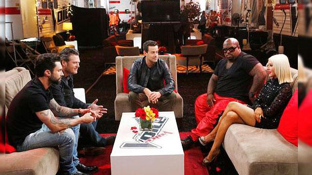 First Look: Christina Returns To 'The Voice'