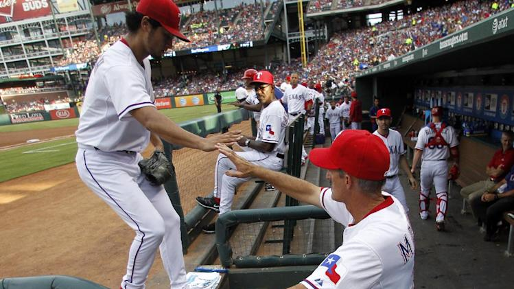 Darvish 8 Ks as Rangers beat Jeter, Yankees 4-2