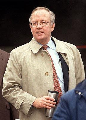 Ken Starr in Regent's The Hunting of the President