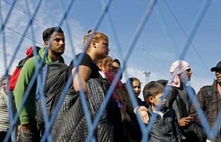 EU's Schulz, Luxembourg want looser deficit rules to cope with refugees: media