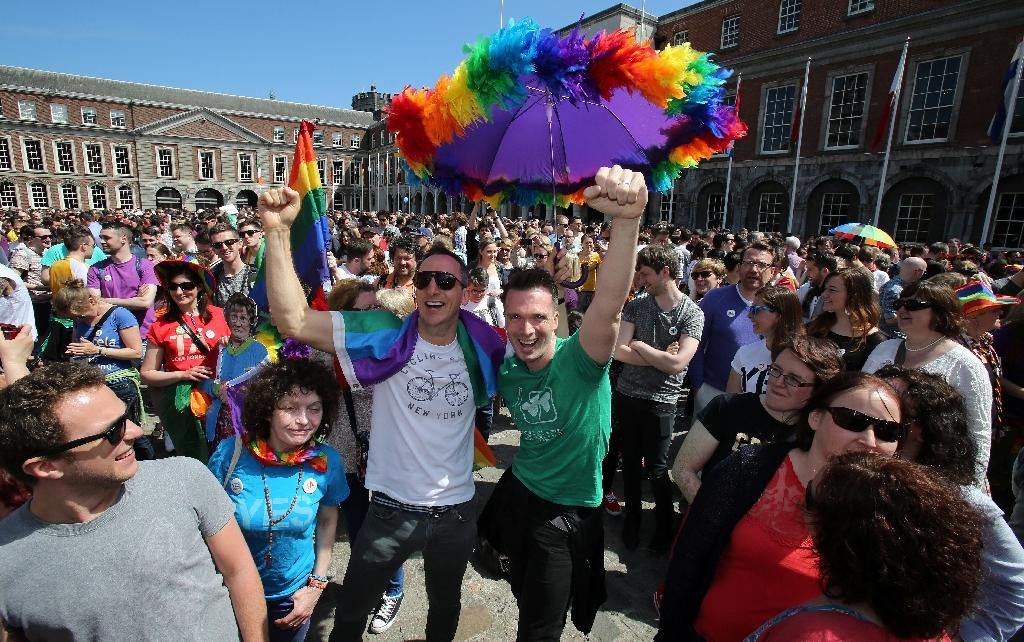 Ireland celebrates after huge 'Yes' to gay marriage