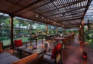 Bangkok City-Center Hotel Celebrates the Great Outdoors With Its Unique Garden Lounge