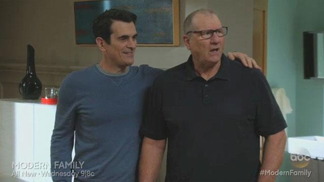 'Modern Family' Sneak Peek: Wedding Prep Gone Awry
