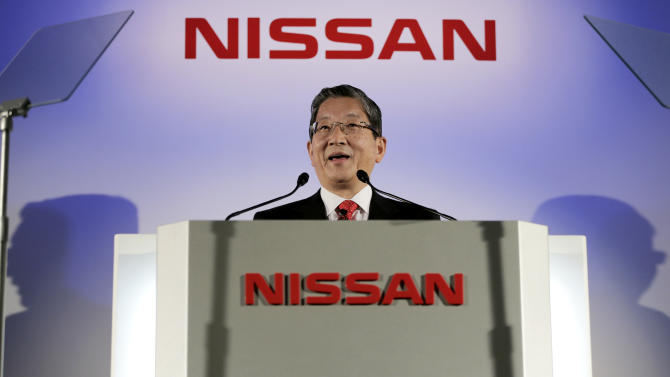 Nissan Motor Co. Chief Operating Officer Toshiyuki Shiga announces the company's quarterly profit at its headquarters in Yokohama, near Tokyo, Tuesday, Nov. 6, 2012. Shiga said Nissan's July-September net profit rose nearly 8 percent but the Japanese automaker lowered its full-year forecasts because of a sales slump in China and weakness in Europe. (AP Photo/Itsuo Inouye)