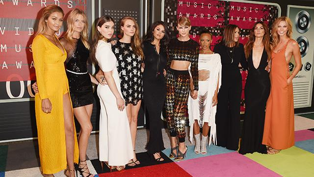 Taylor Swift and Her Bad Blood Squad Dominated the 2015 VMAs Red Carpet!