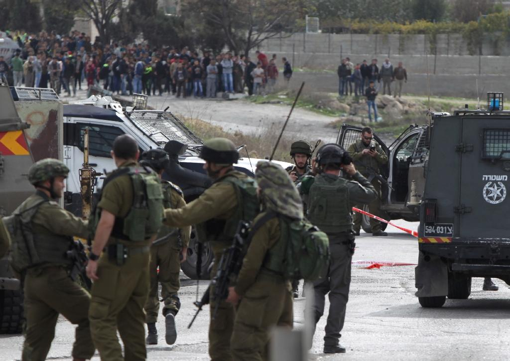 Palestinian stabs Israeli soldier in West Bank, is shot dead
