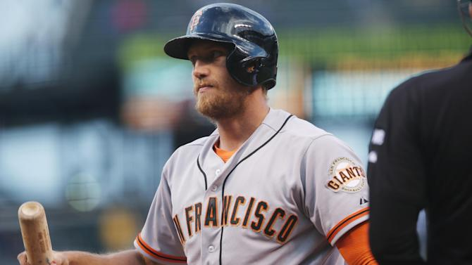 Giants' Hunter Pence searching for stolen scooter