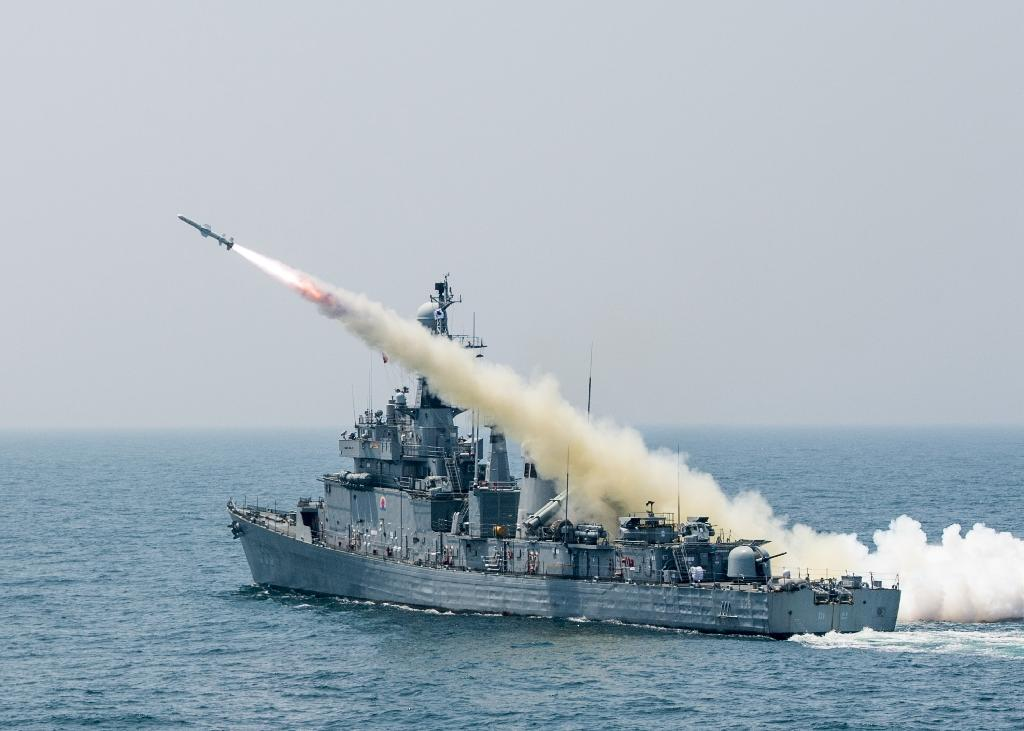 S. Korea tests missiles that can hit 'any target' in N. Korea