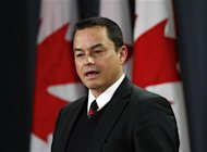 Assembly of First Nations Chief Shawn Atleo speaks during a news conference in Ottawa January 25, 2012. REUTERS/Chris Wattie