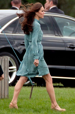 Kate Middleton Shows Off Athletic Bod at William&#39;s Polo Match