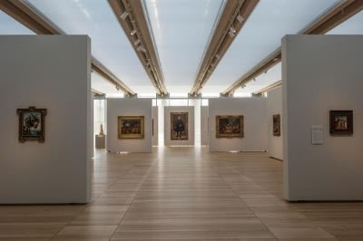 South gallery, featuring works by Michelangelo, Poussin, Velazquez, and Fra Angelico from the Kimbell's collection. Renzo Piano Pavilion, November 2013. Kimbell Art Museum, Fort Worth, Texas. Photo by Robert Polidori.