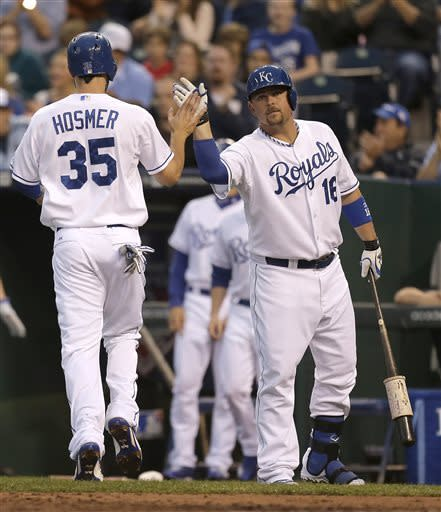 Royals beat Twins 4-1 to end 11-game home skid