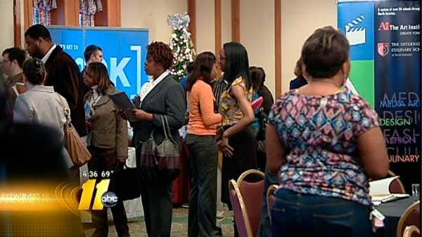 Job seekers concerned about 'fiscal cliff'
