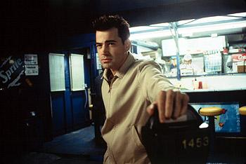 Ron Livingston as Trent in Body Shots