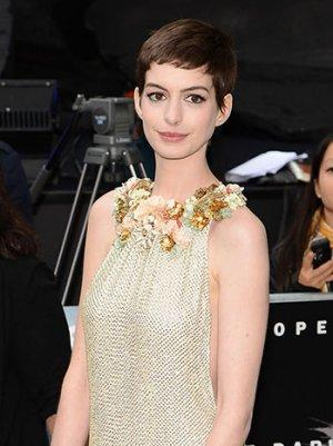 Anne Hathaway, Lorne Michaels to be Honored at Costume Designers Guild Awards