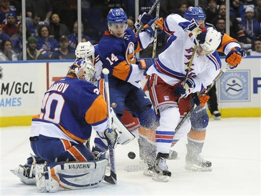 Nash, Gaborik rally Rangers past Islanders 2-1
