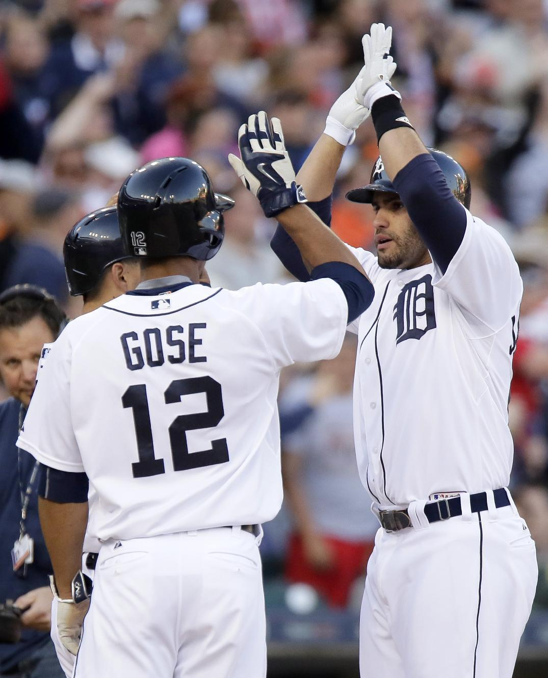 J.D. Martinez homer lifts Tigers to 6-2 win over Astros