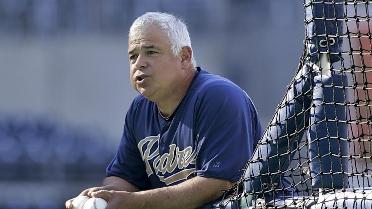 AP source: Cubs interview Renteria for manager