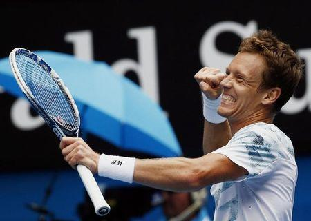 Berdych ends Nadal tyranny, Murray charges on
