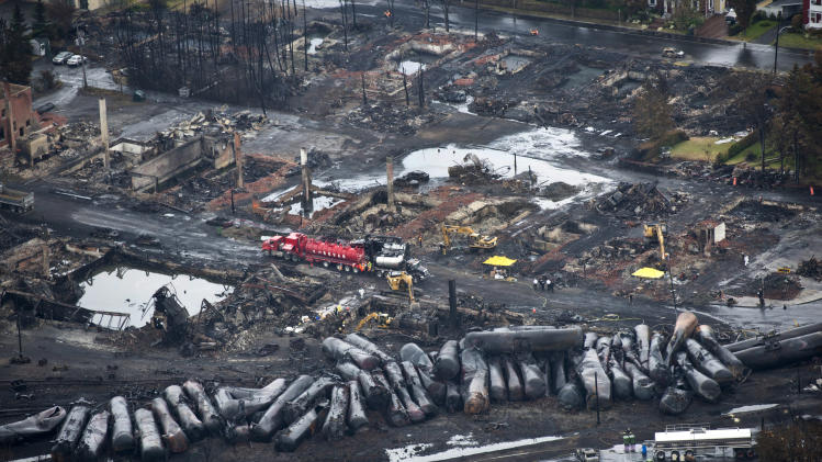 Quebec oil train derailment sparks criminal probe