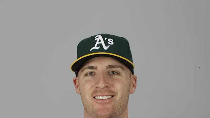 This is a 2015 photo of Eric O'Flaherty of the Oakland Athletics baseball team. This image reflects the Athletics active roster as of Feb. 28, 2015, when this image was taken. (AP Photo/Darron Cummings)