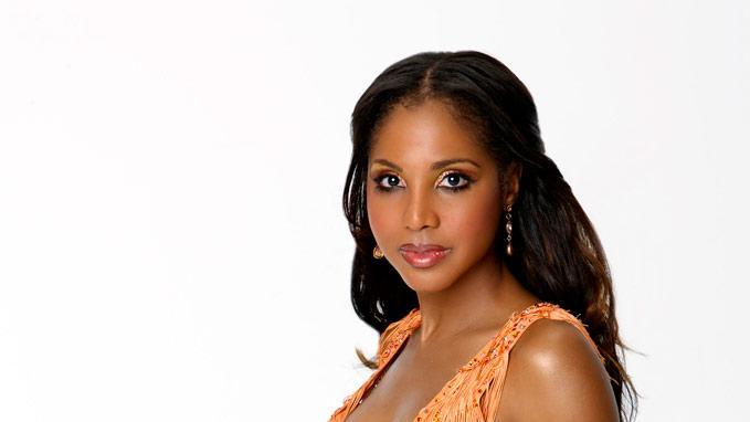 Singer Toni Braxton partners with professional dancer Alec Mazo for Season 7 of Dancing with the Stars.