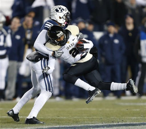 BYU gets off to fast start, cruises by Idaho 52-13