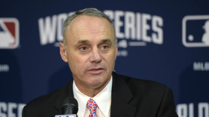 New commissioner Rob Manfred open to banning defensive shifts