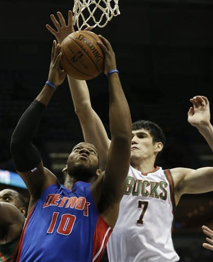 Monroe, Knight lead the Pistons past Bucks, 103-87