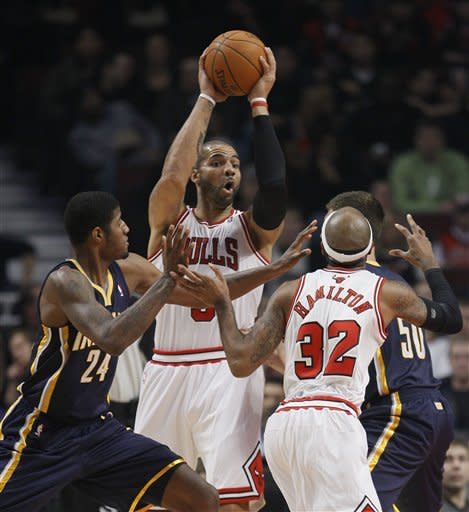 Boozer sends Bulls to 93-85 win over Pacers