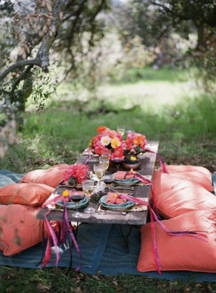 Top 5 Pinterest Pins – Picnic Season Inspiration! image bohemian picnic party