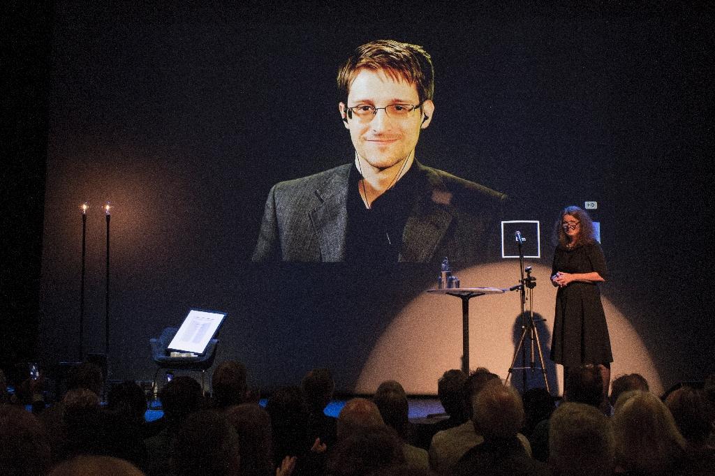 Snowden attacks Russia rights curbs