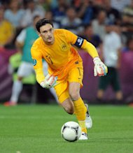 Tottenham have signed Hugo Lloris on a four-year contract
